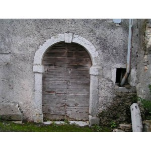 PRODAM HIŠO - 153,00 M2 - LEVPA