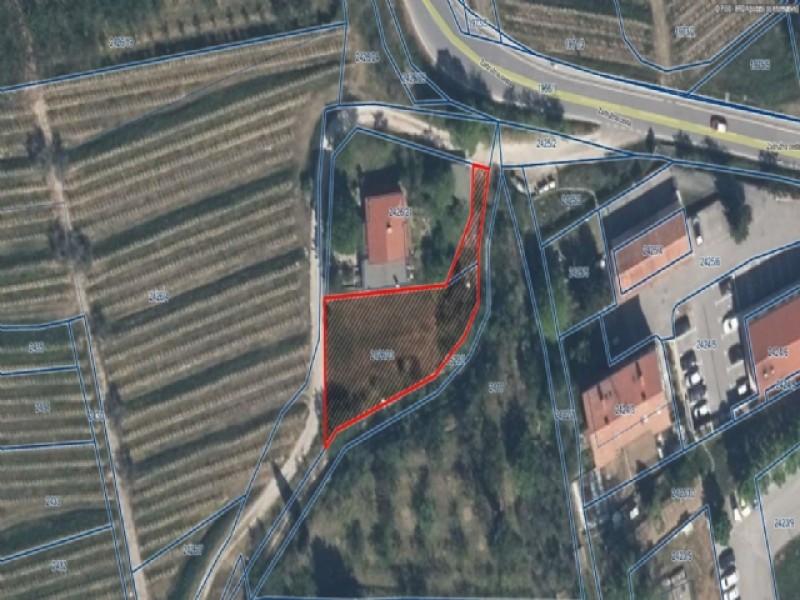 PRODAM ZEMLJIŠČE - 618,00 M2 - DOBROVO